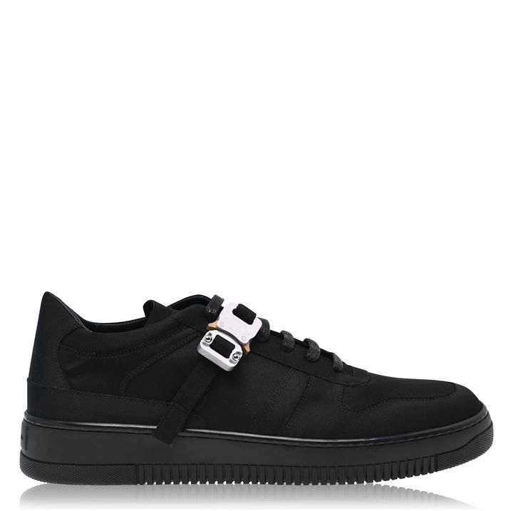 Buckle Low Trainer