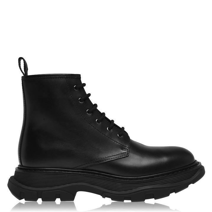 Tread Boots